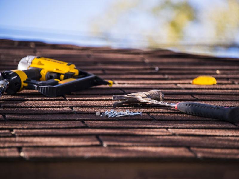 70927621 - roof repairing